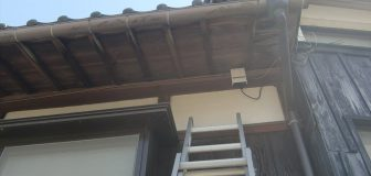 スズメバチ駆除 京田辺市 個人宅 1階軒下の駆除処理後