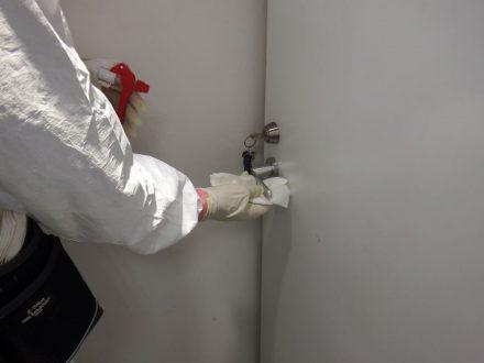 新型コロナウイルス消毒除菌 摂津市 店舗の処理前写真(拡大)