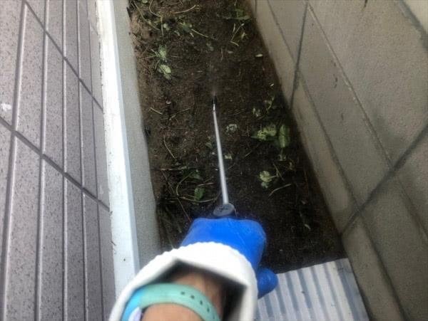 毛虫駆除 個人宅 芦屋市 外部土壌周辺画像