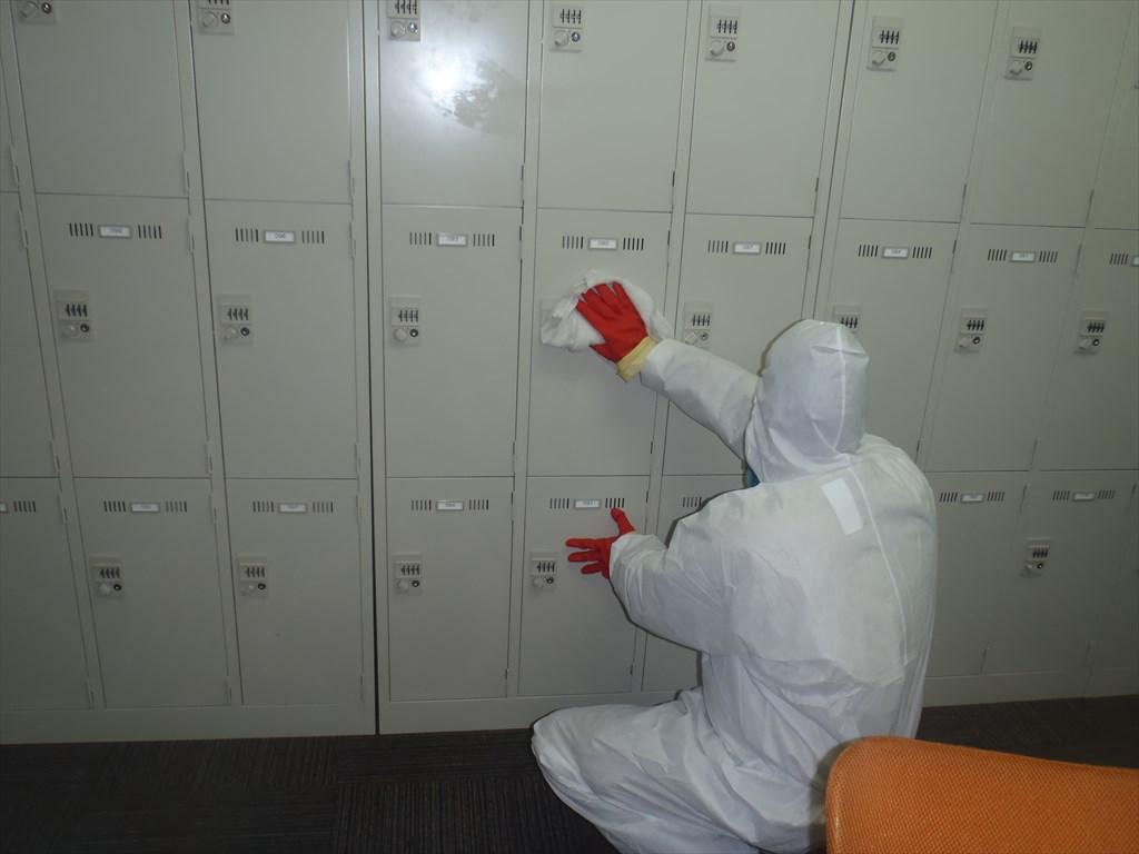 新型コロナウイルス消毒 アルコール清拭 キャビネット